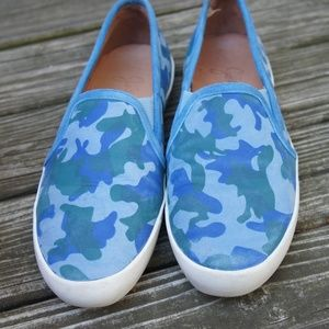 Joie Huxley Camouflage-Print Suede Sneaker 36 6